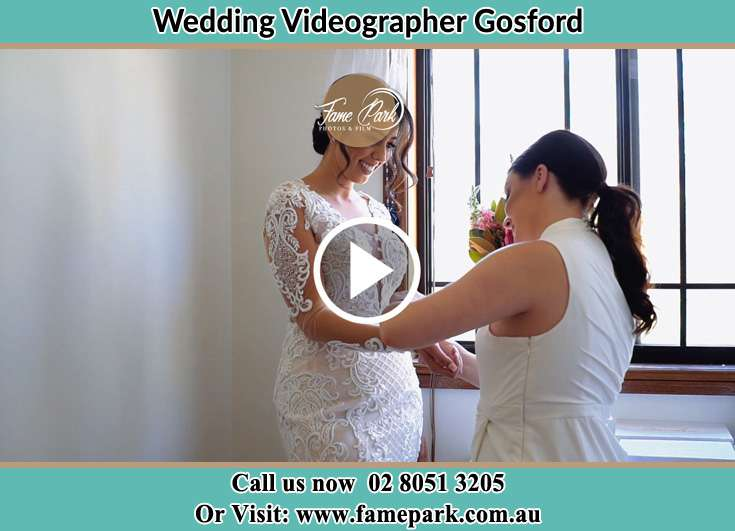 Bride getting ready Gosford NSW 2250